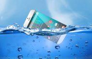9 روش برای نجات گوشی غرق شده